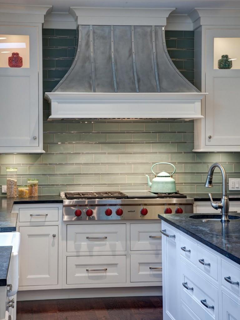 White Traditional Cottage Kitchen Design With A Twistd Cottage Kitchen Backsplashf - MDC