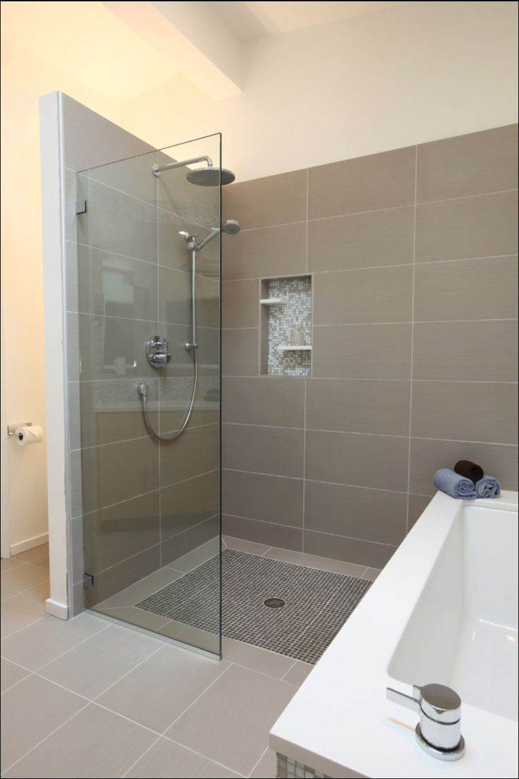 Open Shower Midcentury Bathroom Design
