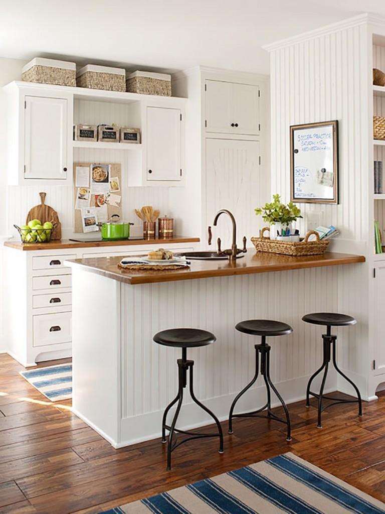 Quaint Contemporary Beach Style Kitchen Design