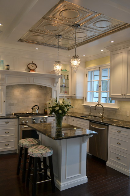 Tray Ceiling Victorian Kitchen Design