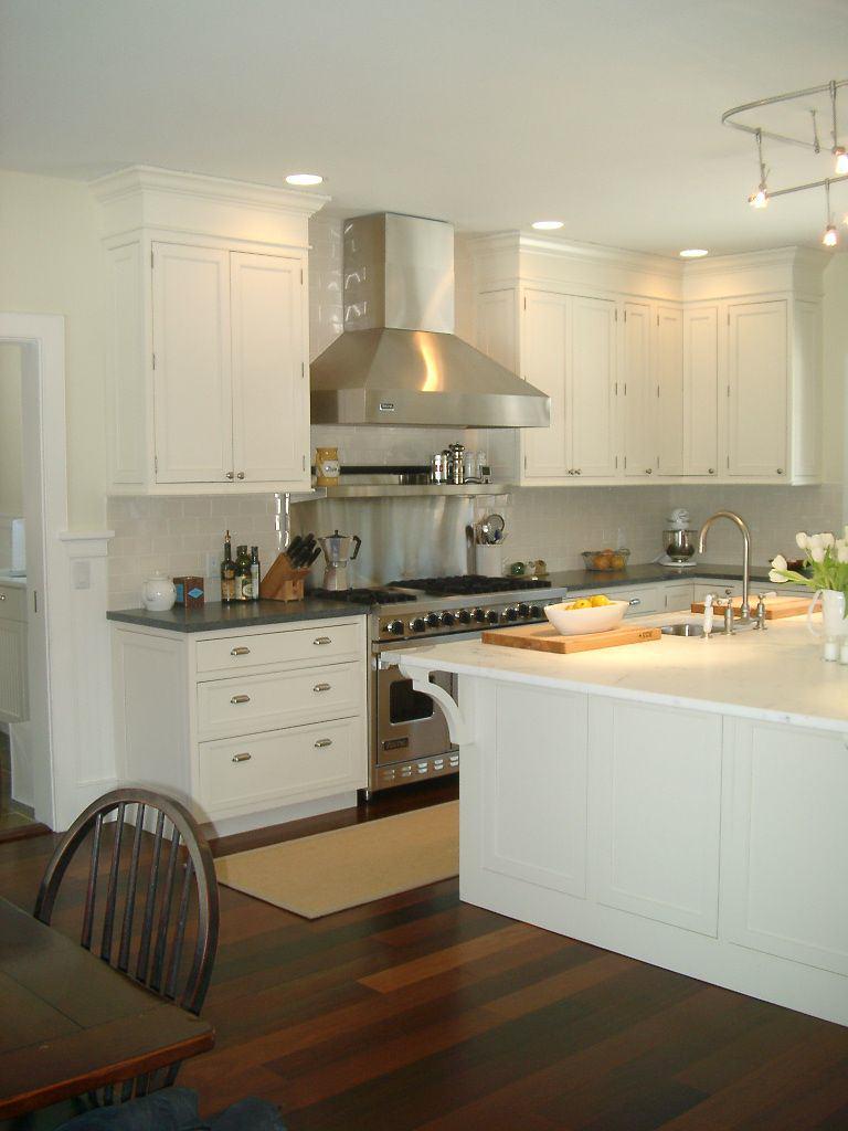White Tile Modern Kitchen Design