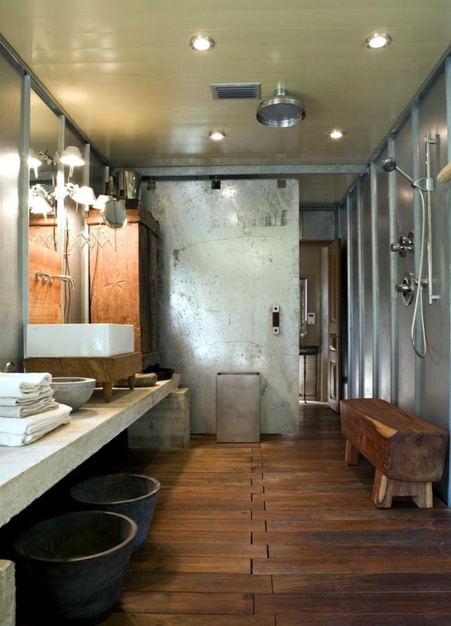 Wooden Rustic Bathroom Design