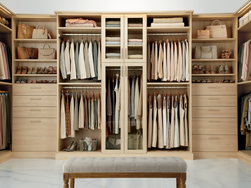 Beautiful Asian Closet Design