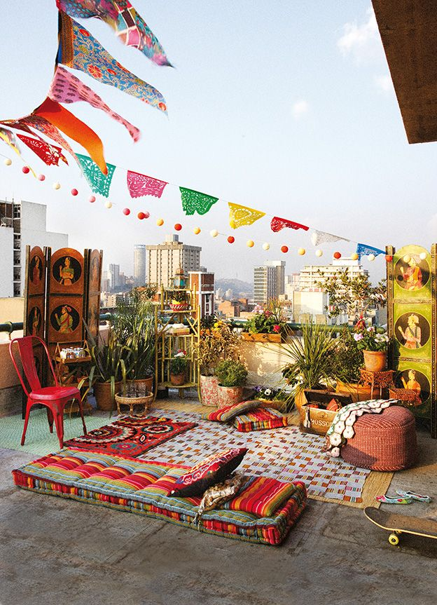 Beautiful Bohemian Eclectic Outdoor Design