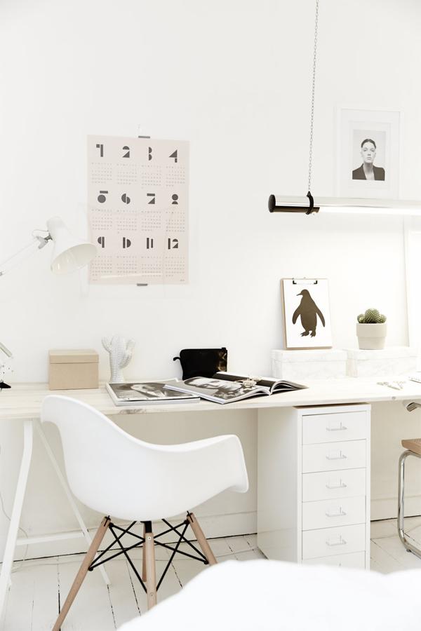 Black and White Scandinavian Home Office Design