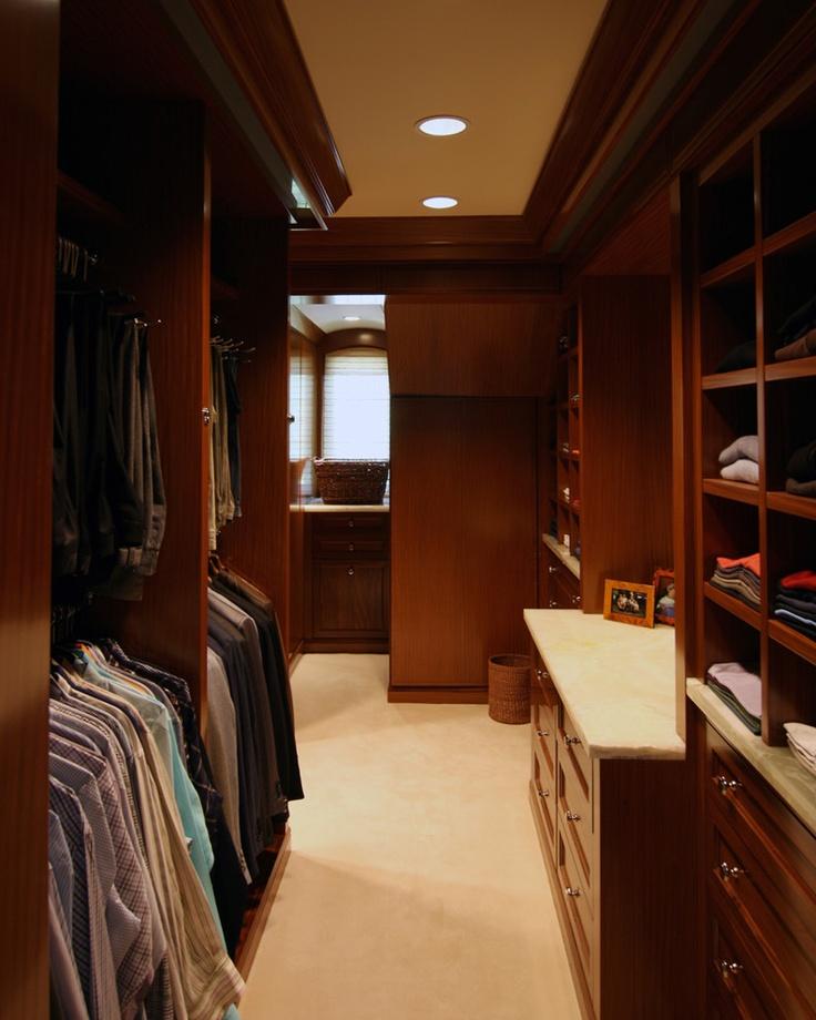 Cool Traditional Closet Design