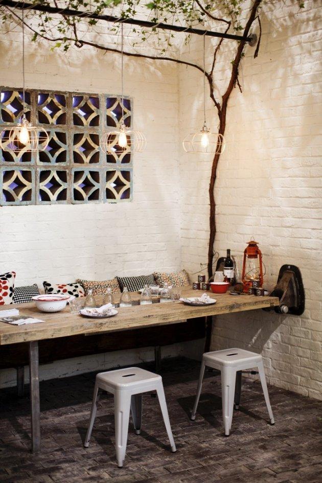 Great Scandinavian Outdoor Dining Space