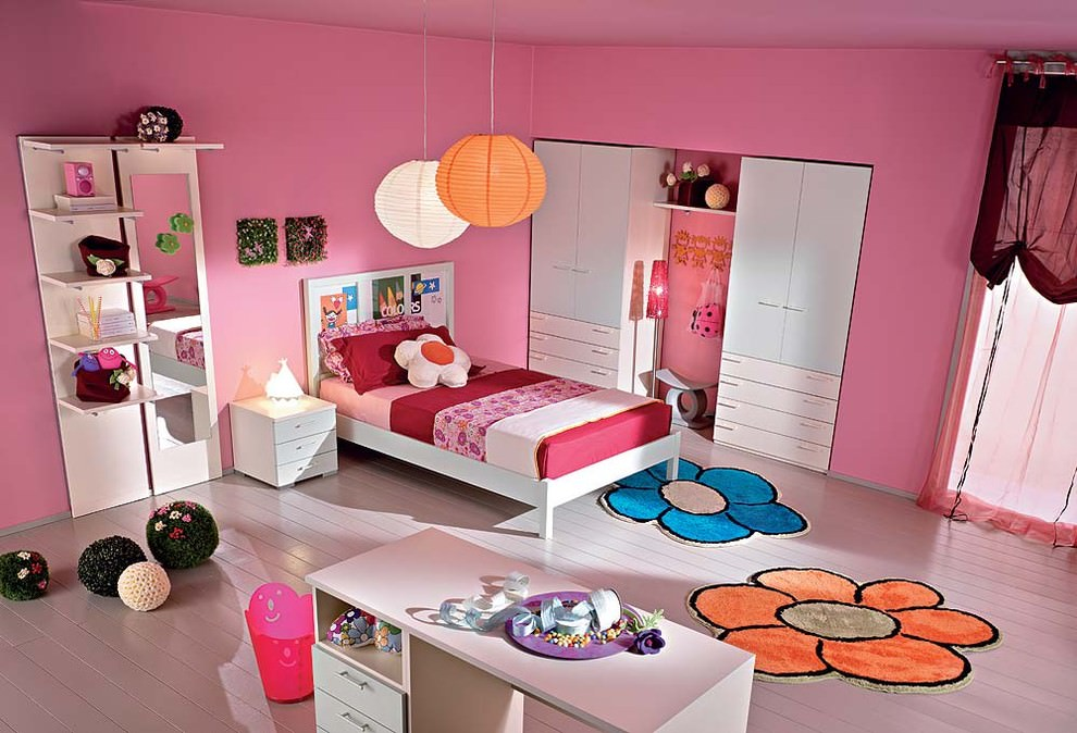 Pink Color Midcentury Kids Room Design