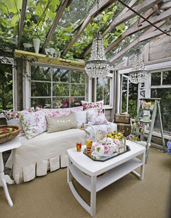 Shabby-Chic Style Outdoor Living Room Design