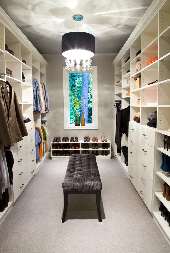 Small Transitional Closet Design