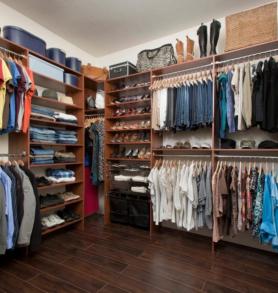 cheap Industrial Closet Design