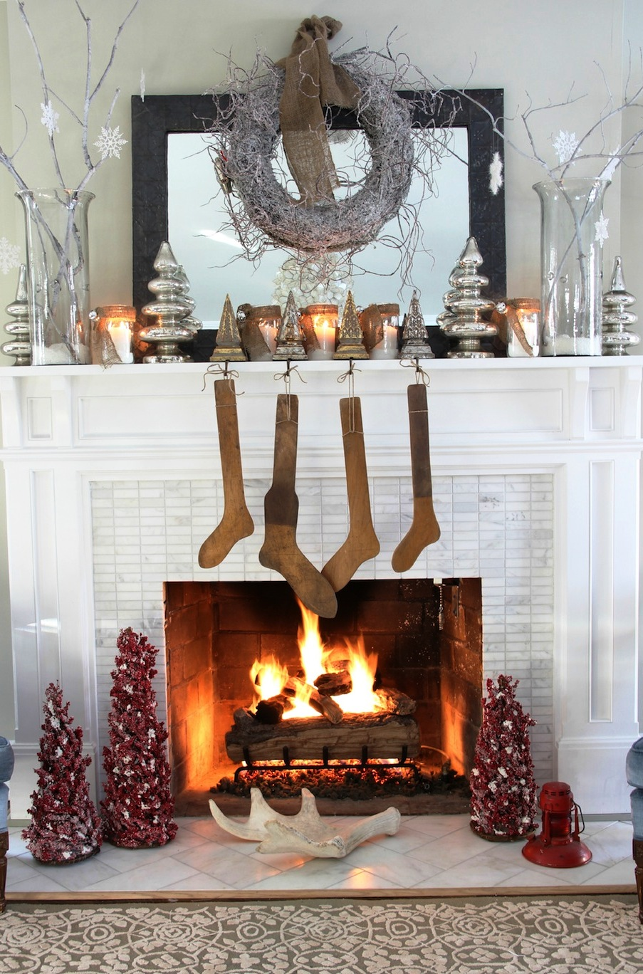 Adorable Mantel Halloween Decorations