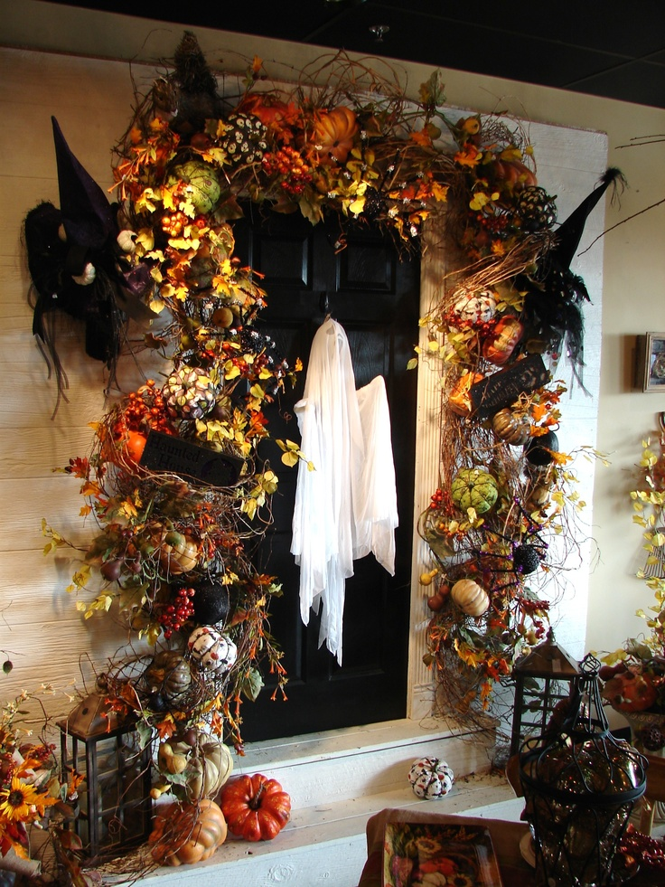 Cool Front Door Halloween Decorations