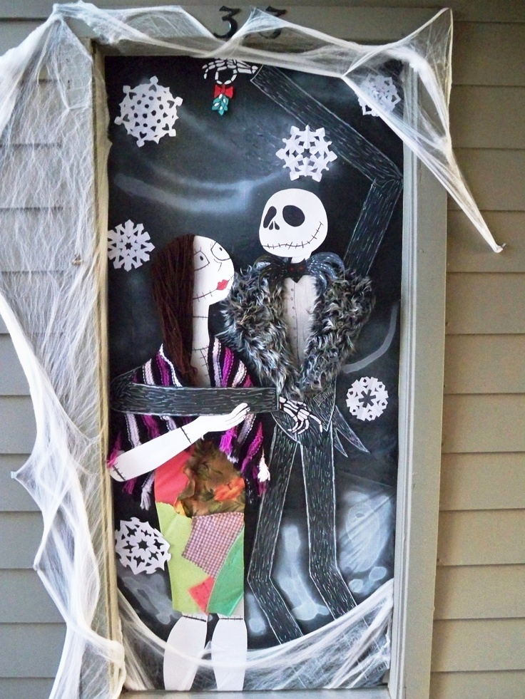 Cool Halloween front door decoration