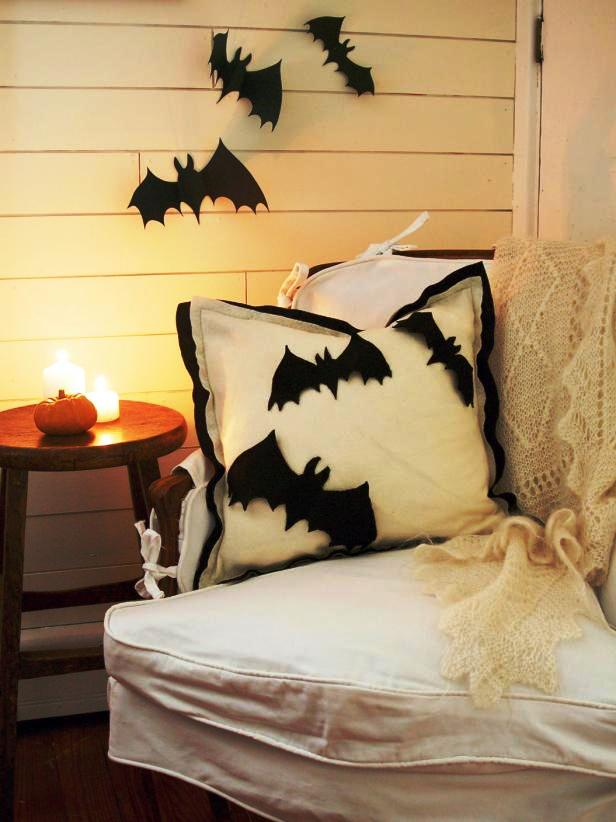 Pillow Bats Halloween Decorations