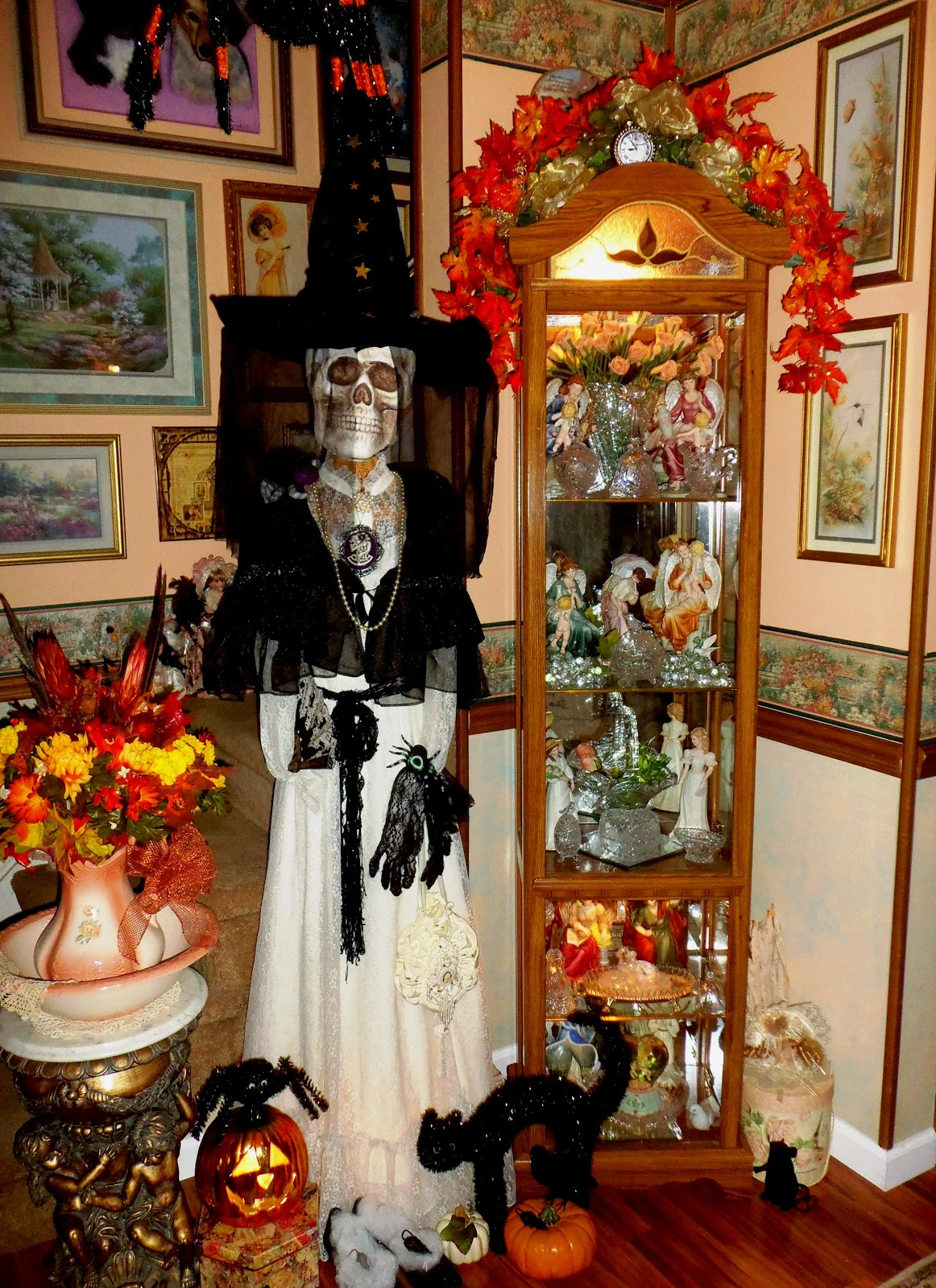 Scary Halloween Room Decorations