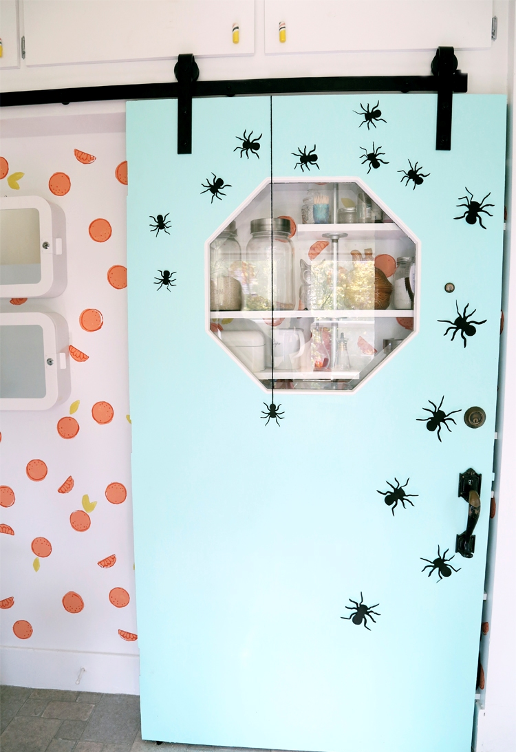 Spooky Spiders Halloween Decorations Ideas
