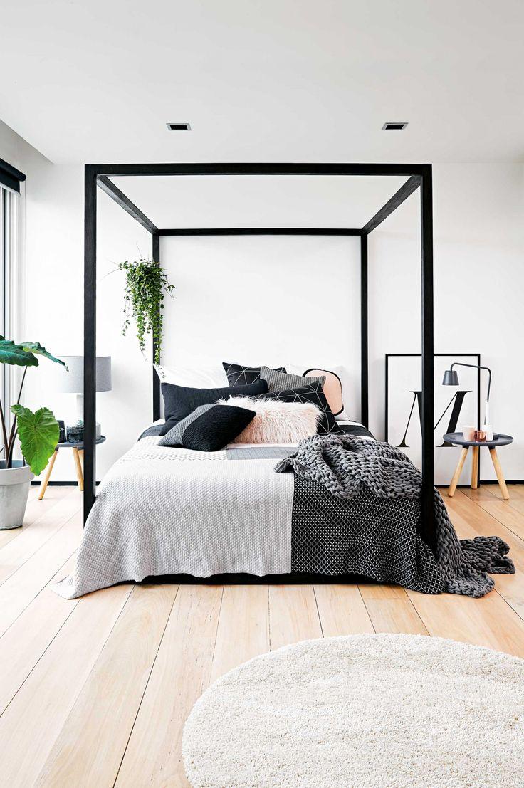 Black And White Modern Bedroom Design