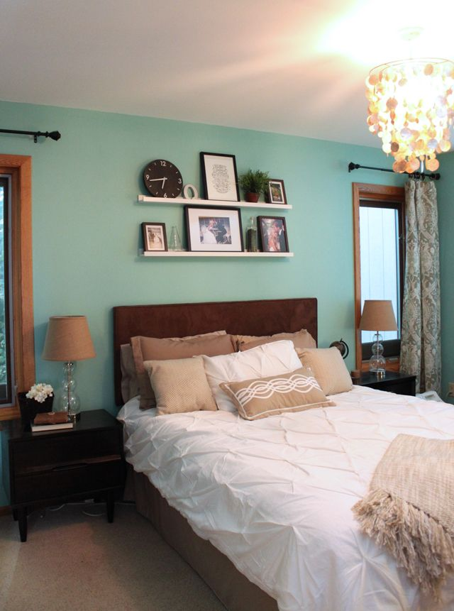 Light Teal Walls Bedroom