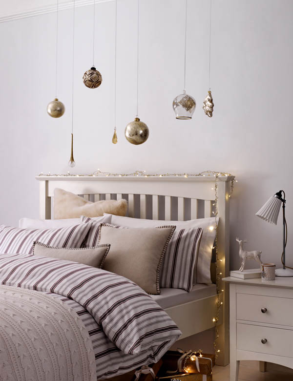 Bedroom Ideas with Christmas Lights 2016
