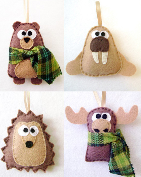 DIY Felt Animal Christmas Ornaments