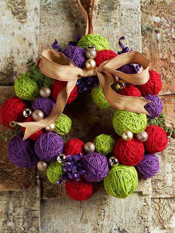 DIY Yarn Ball Wreath