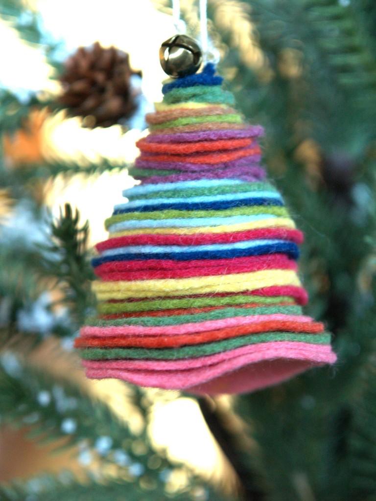Felt Christmas Tree Ornaments to Make