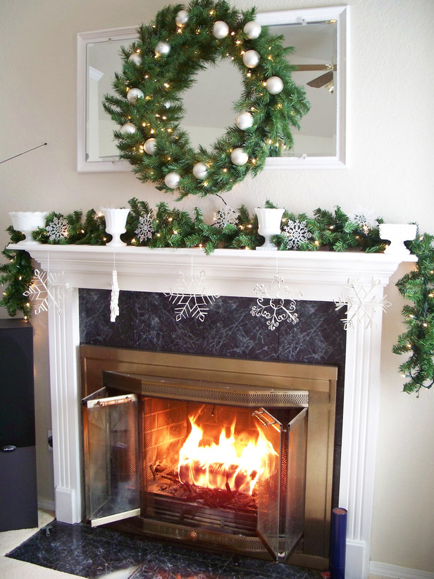 Fireplace Mantel Christmas Decorating Ideas 2016