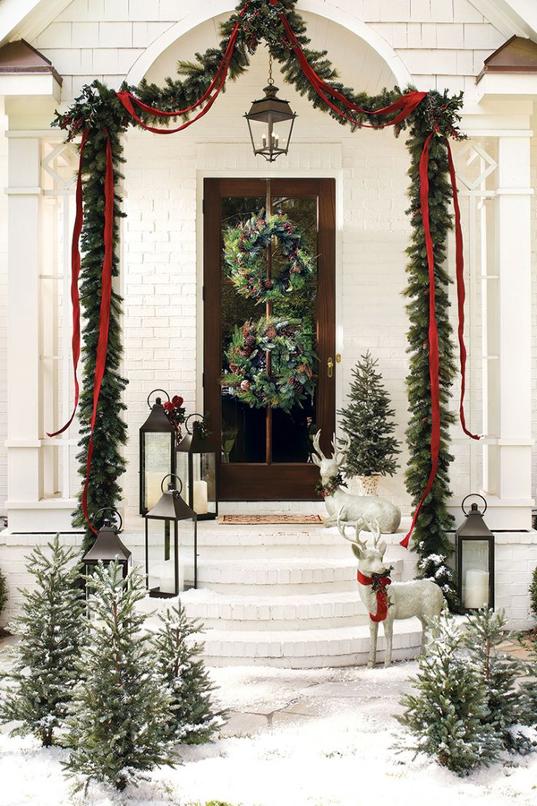 Front Door Christmas Garland