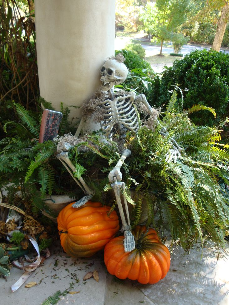 Halloween Graveyard Ideas
