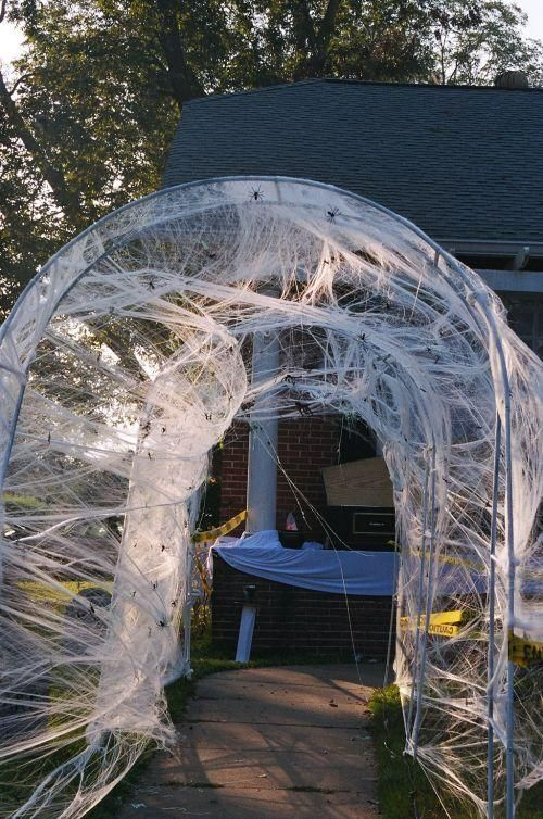 Halloween Outdoor Spider Decoration Ideas