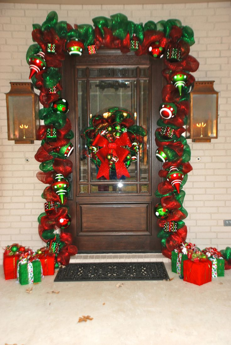 Idea Porch Christmas Garland