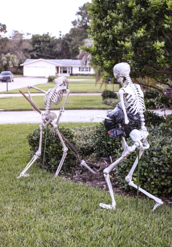 Lawn Skeleton Decor Halloween DIY