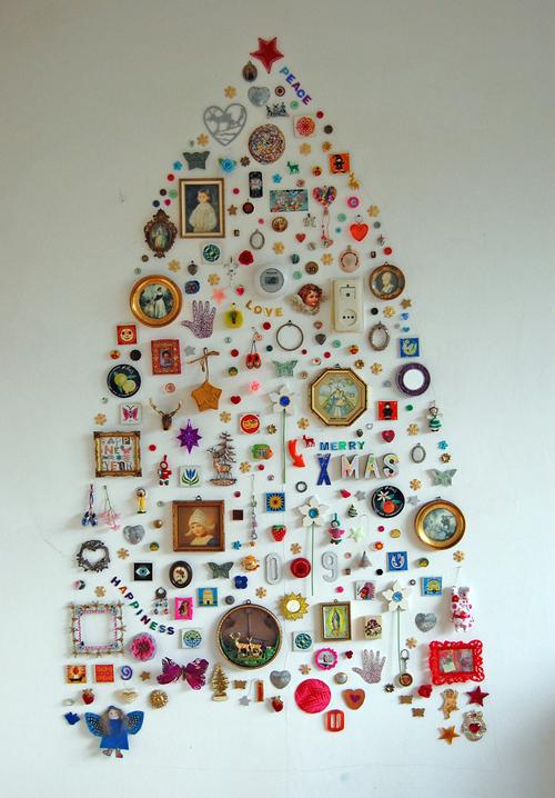 Wall Christmas Tree Decorations Idea