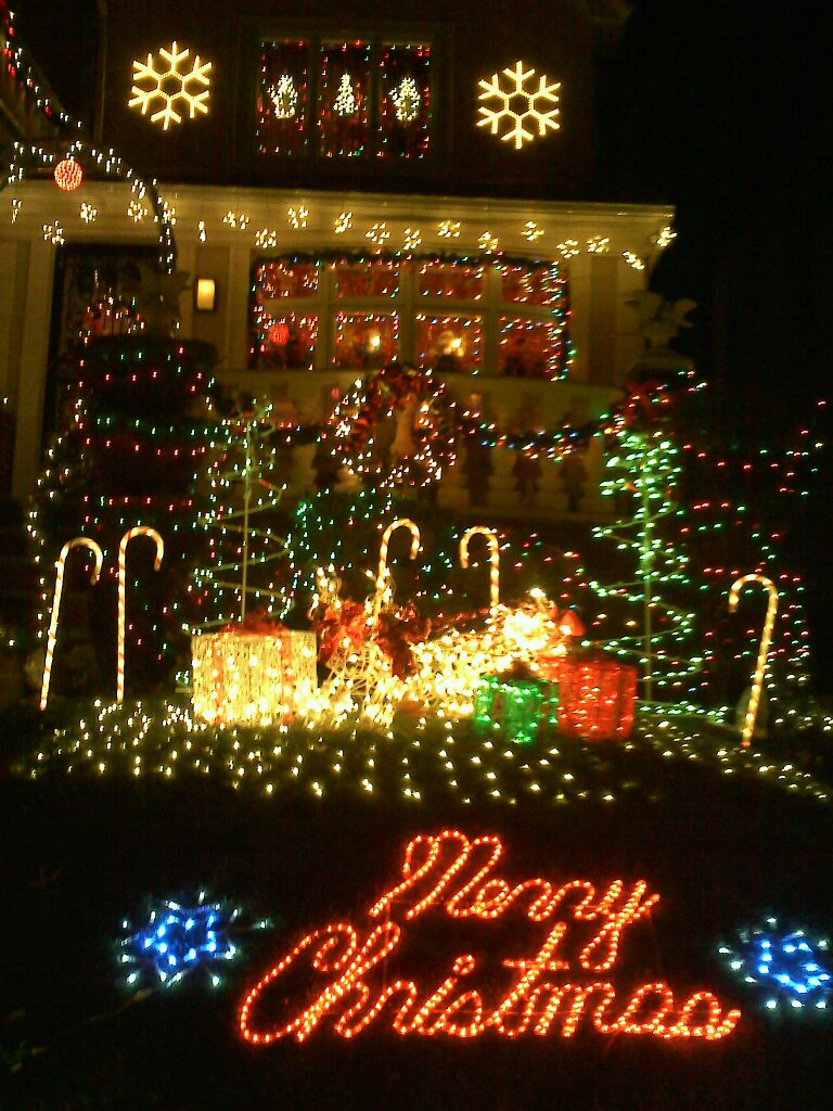 best-outdoor-christmas-decorations