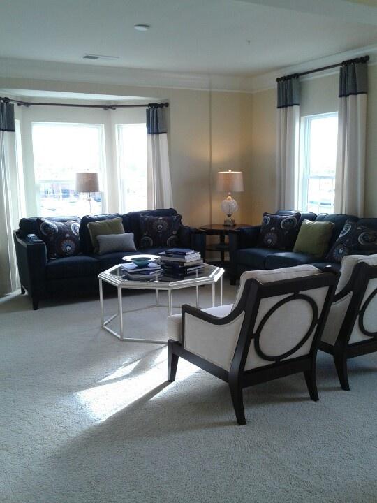 condo-living-room-design-view