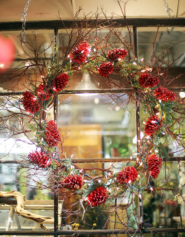 English Country Christmas Outdoor Decor