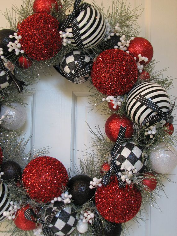 Red Black and White Christmas Wreath
