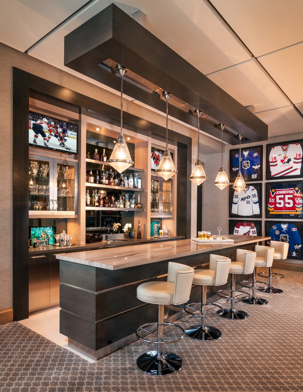 sports-design-home-bar