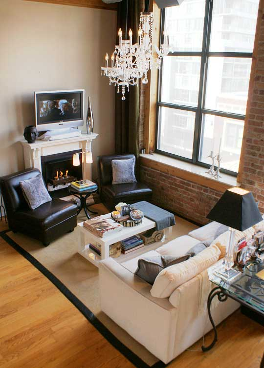tv-placement-in-small-living-room