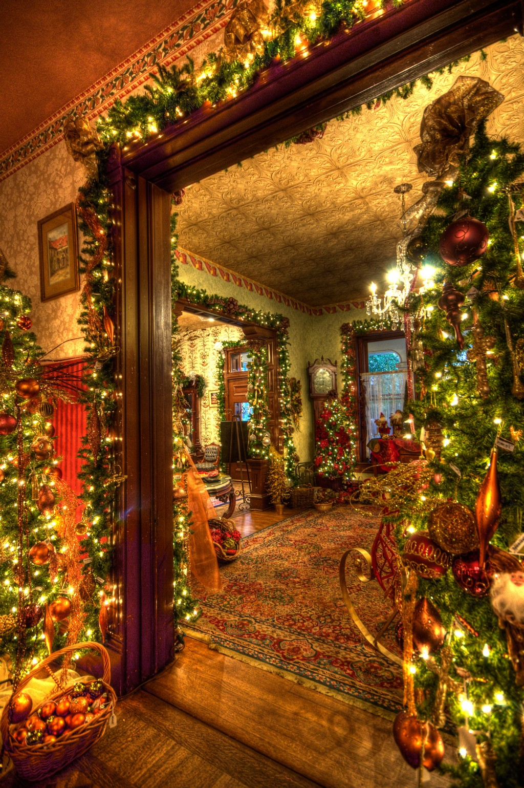 Beautiful Christmas Decorated Living Rooms Picture Window: 30 Beautiful Victorian Christmas Decorations Ideas