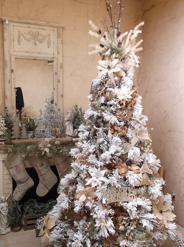 white-rustic-christmas-tree