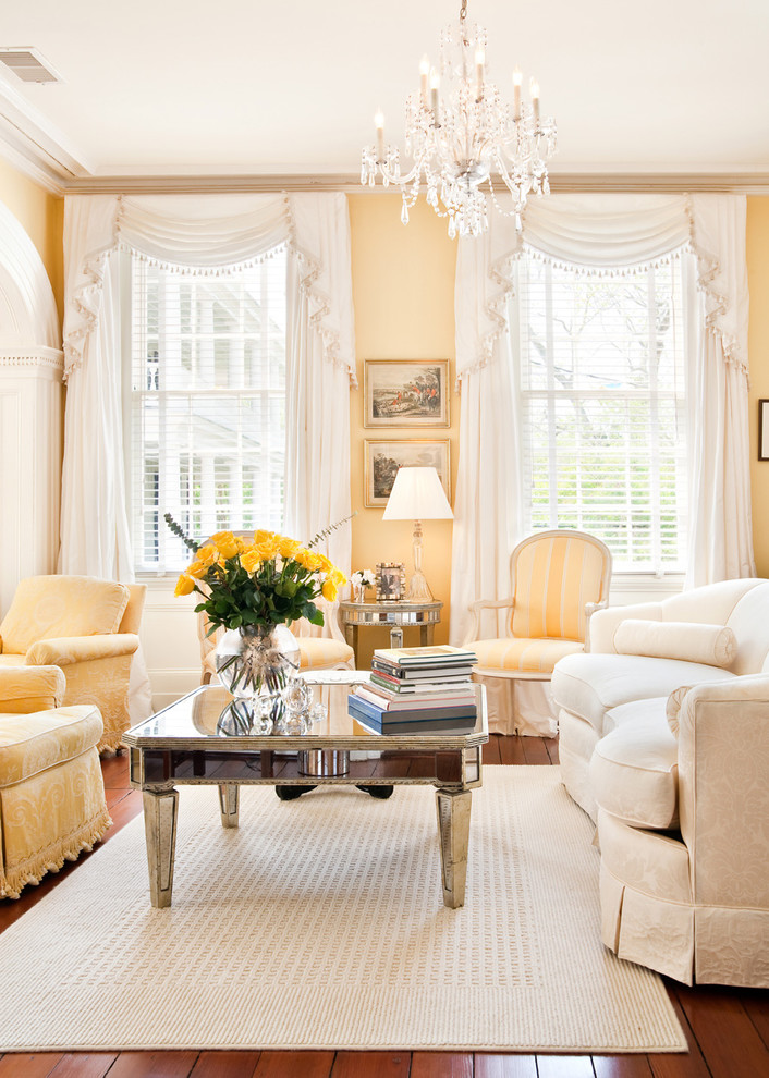 yellow-living-room-decor
