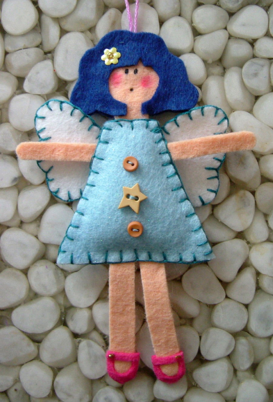 angel-felt-christmas-ornament