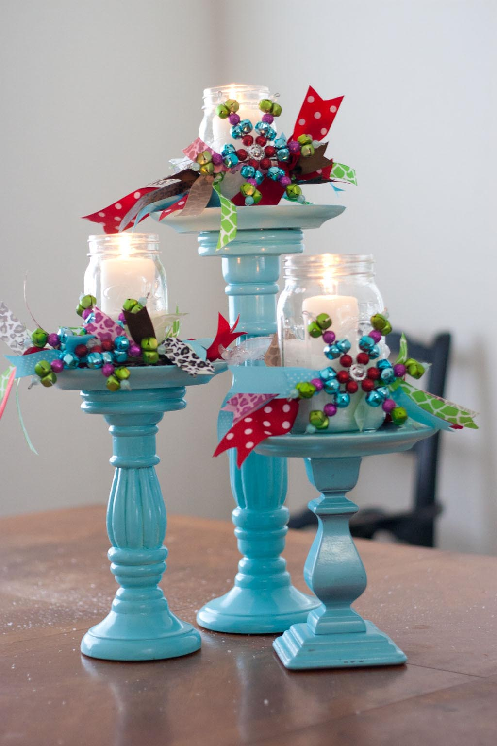 blue-mason-jar-candle-decorations