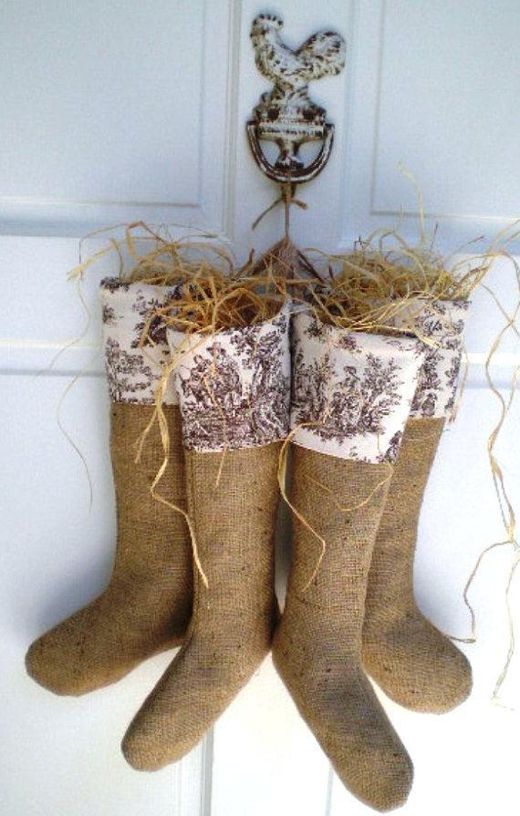 burlap-christmas-stocking