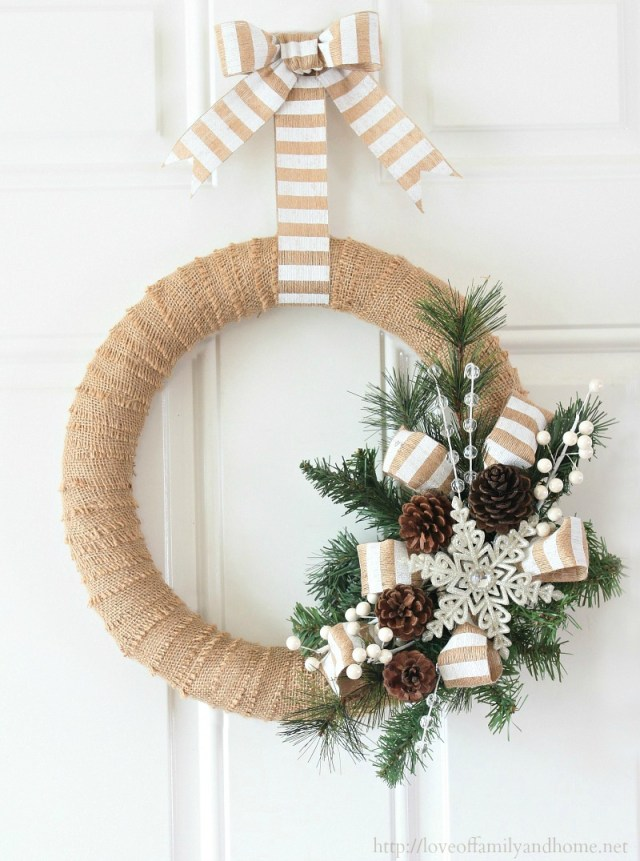 burlap-christmas-wreath