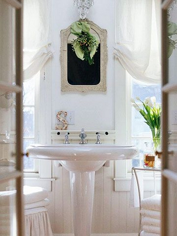 christmas-bathroom-decorating-idea
