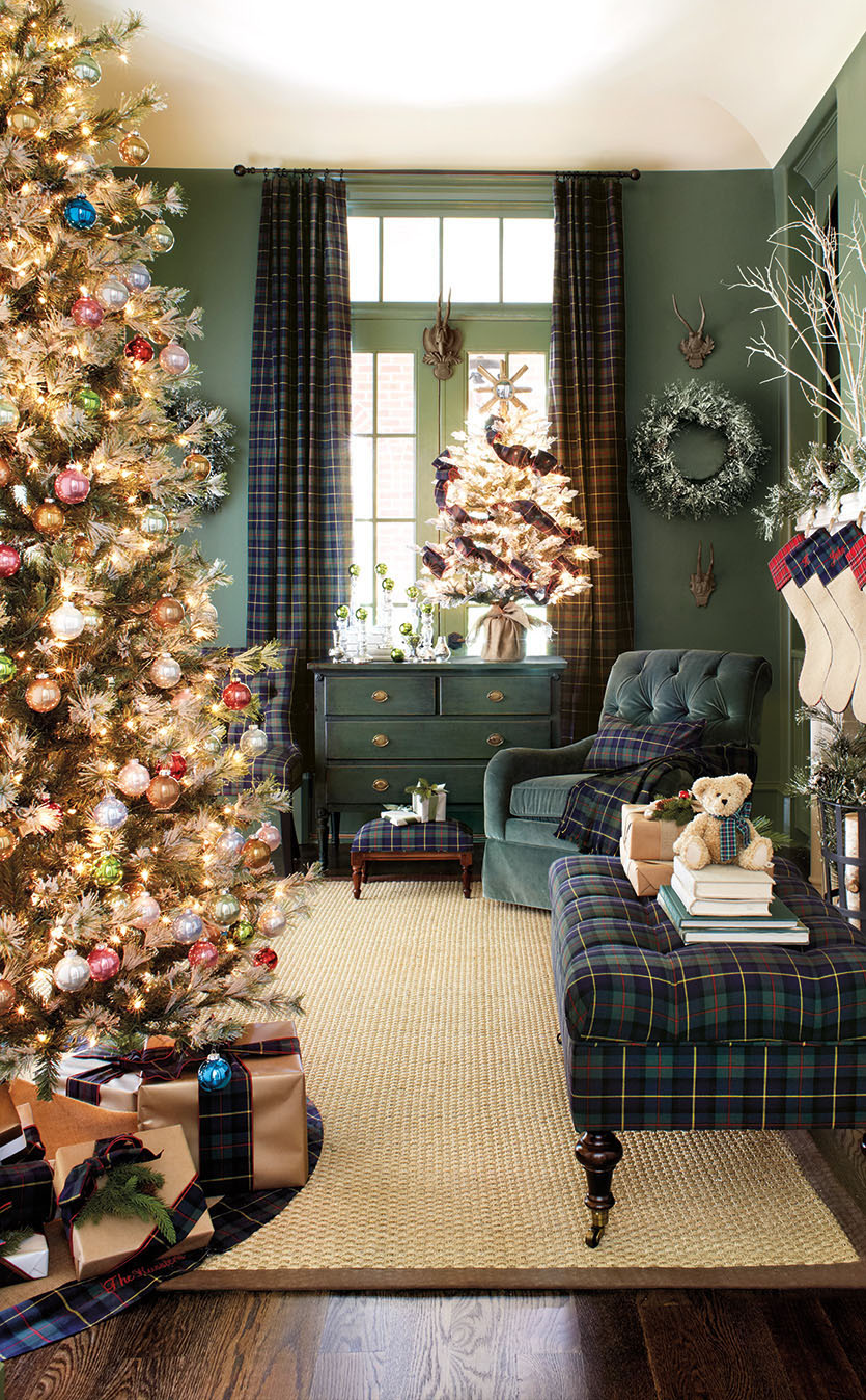christmas-tartan-plaid-room-decor