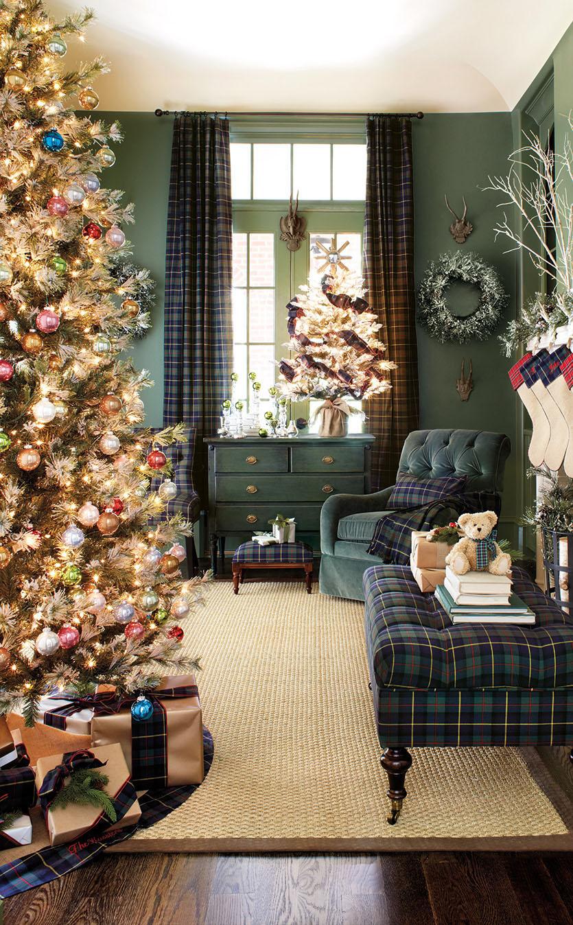 christmas-tartan-plaid-room-decor